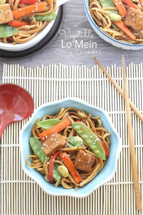 Slow Cooker Vegetable Lo Mein by @LifeMadeSweeter
