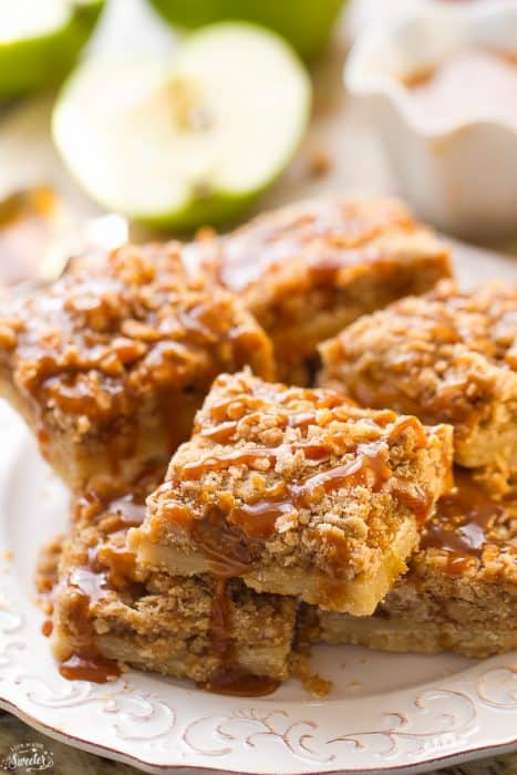 Caramel Apple Pie Bars are so easy to make & are the perfect fall treat
