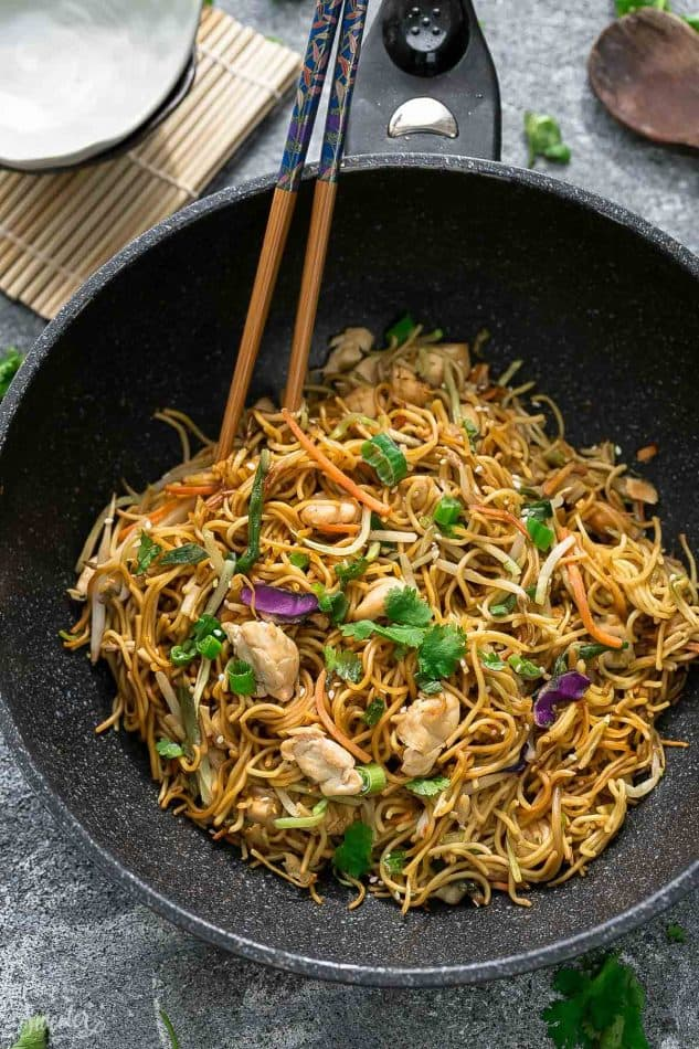 Chicken Chow Mein Noodles The Best Easy One Pot Pan