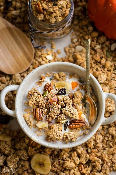 Crunchy Pumpkin Granola Clusters makes the perfect healthy breakfast or snack! Best of all, it's so easy to make and is gluten free and refined sugar free.