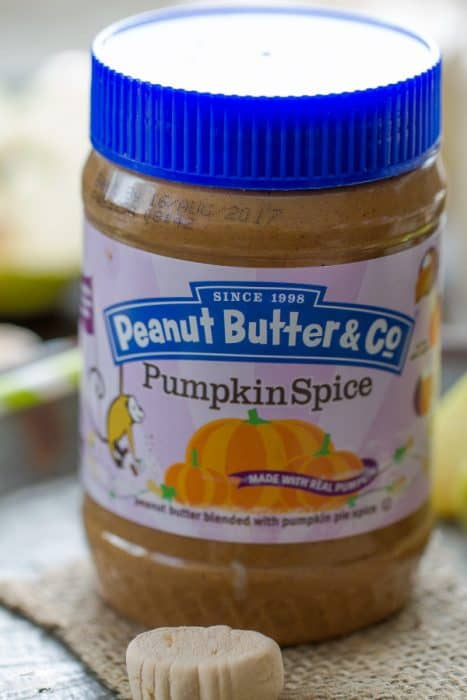 Pumpkin Spice Peanut Butter Apple Smoothie is the perfect fall breakfast