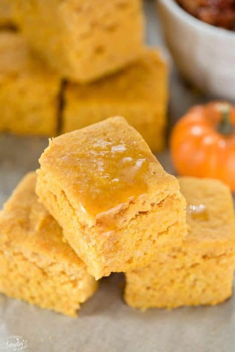 Slow Cooker Pumpkin Cornbread is so easy to make all & perfect with chili or soup